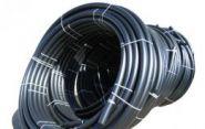 Труба гладкая ПВД в рулонах черная D32